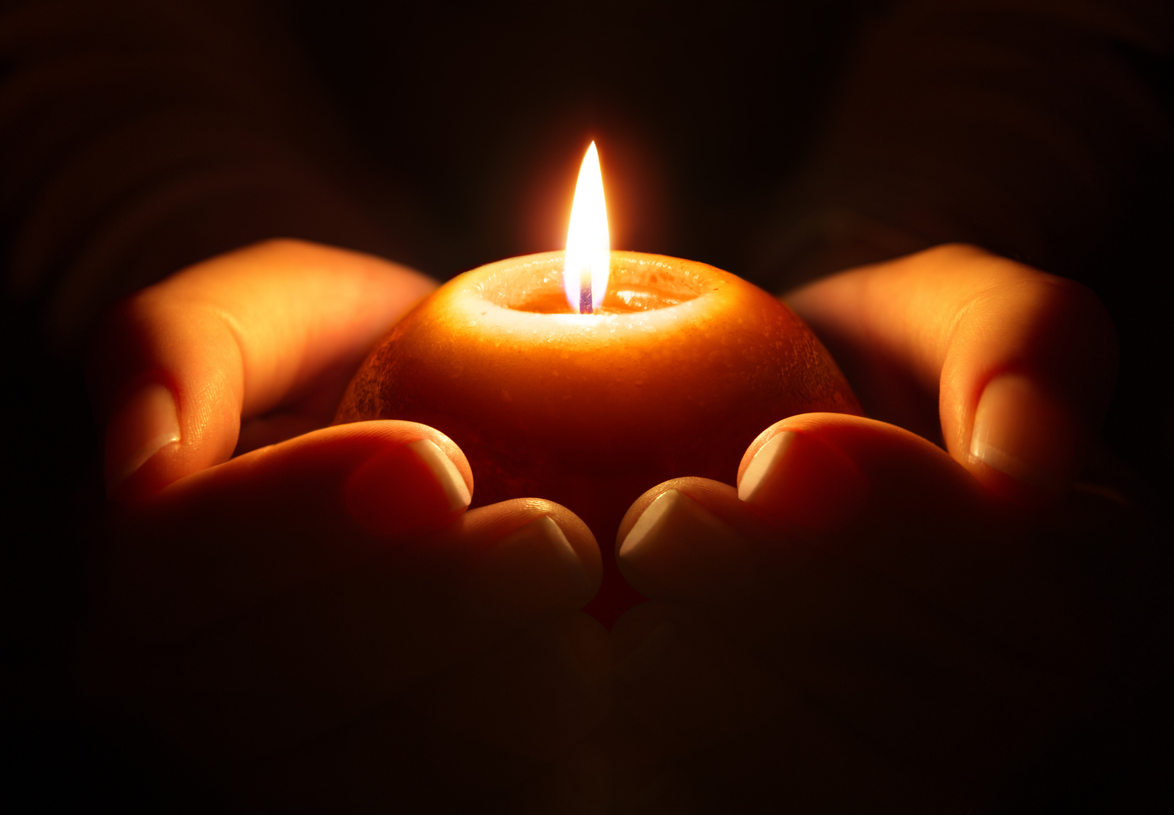 prayer – candle in hands